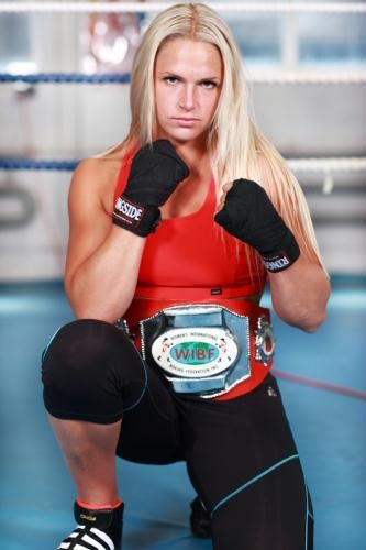 Frida Wallberg, Boxing -- Muay Thai training camp Thailand